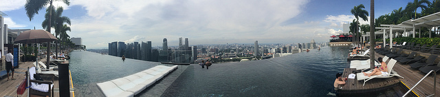 Marina Bay Sands edge of the infinity pool